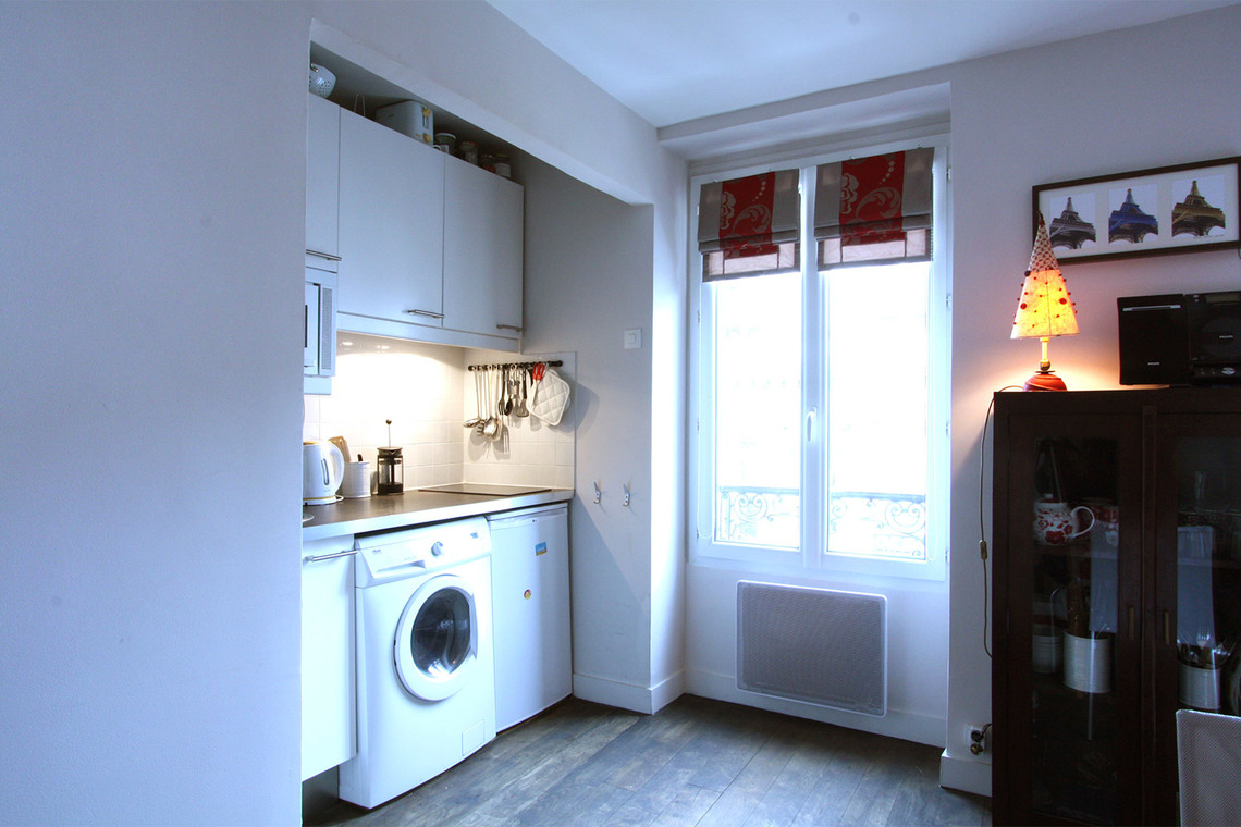 Apartment Paris Rue Frochot 8
