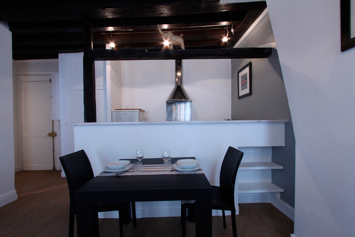 Apartment Paris Rue Mandar 4