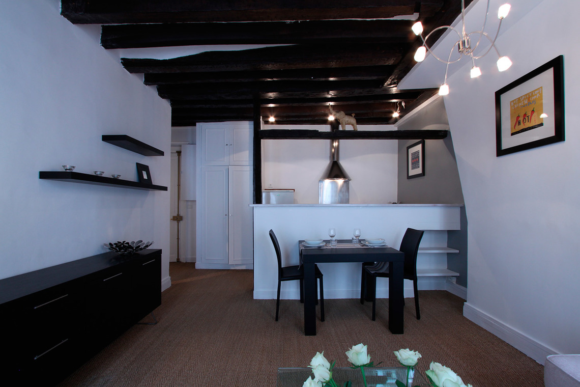 Paris Rue Mandar Apartment for rent