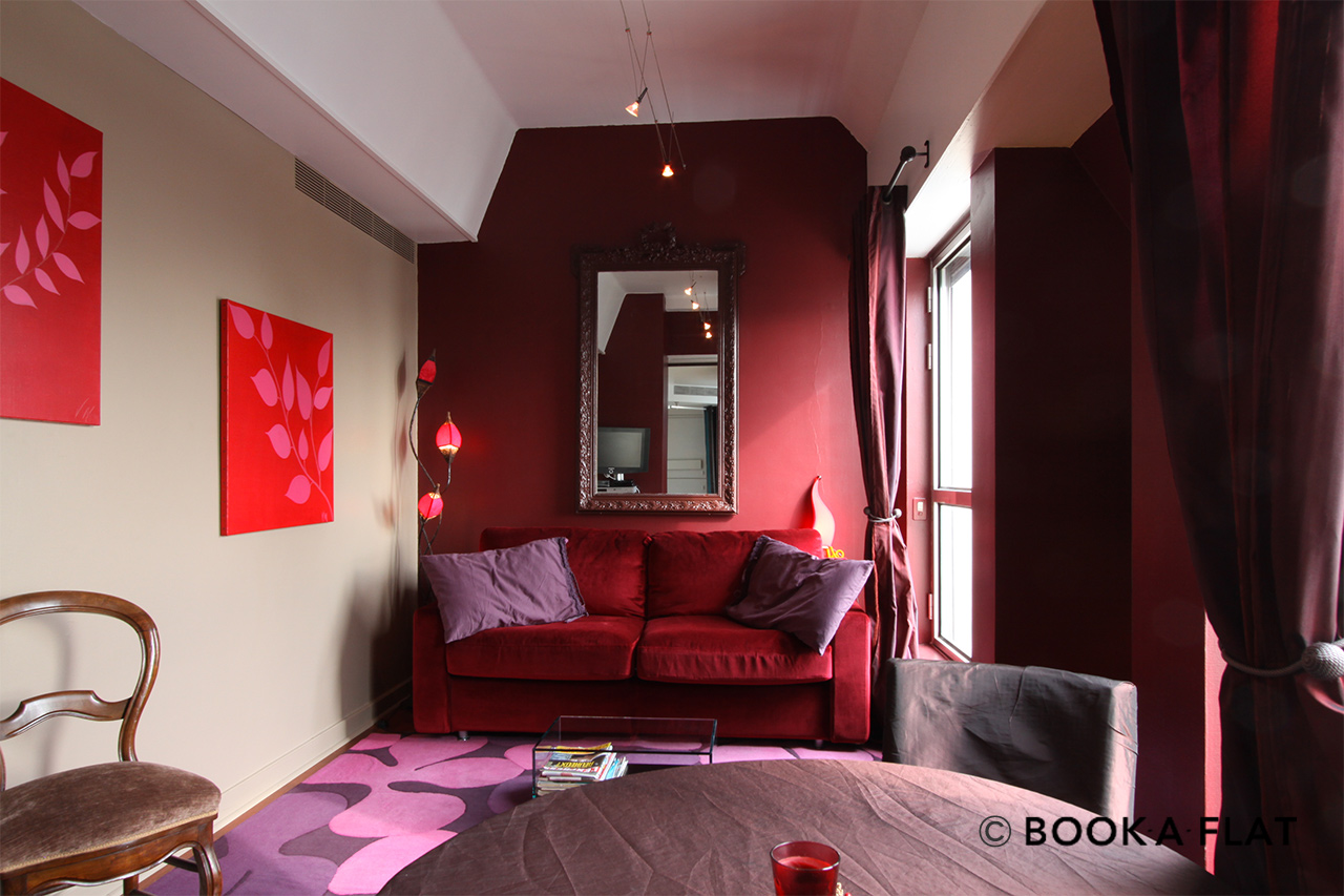 Paris Rue de Paradis Apartment for rent