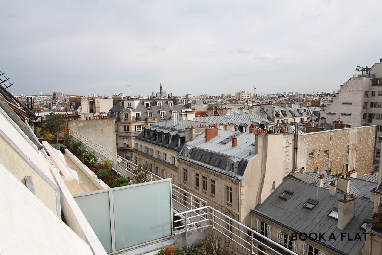 Apartment Paris Rue de Paradis 11