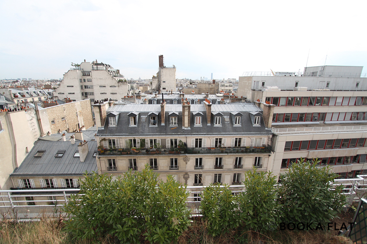 Apartment Paris Rue de Paradis 12
