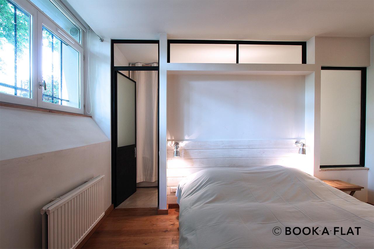 apartment for rent rue scipion paris ref 2852. Black Bedroom Furniture Sets. Home Design Ideas