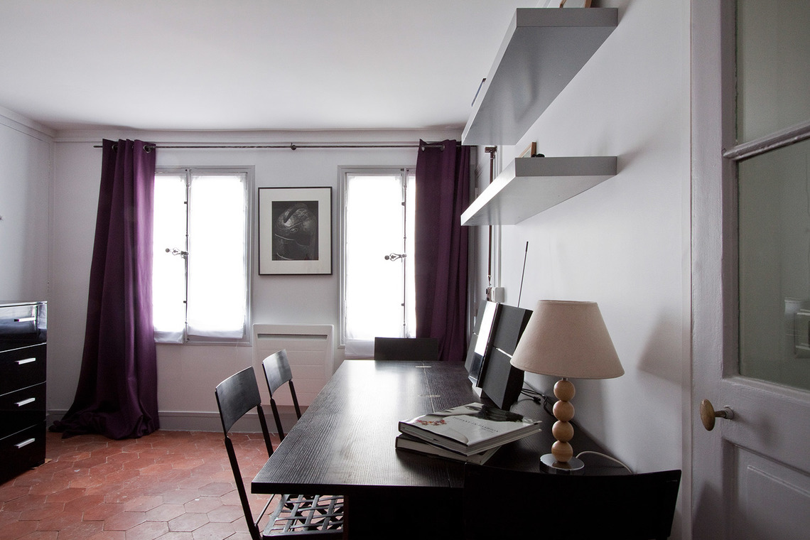 Apartment Paris Rue de Grenelle 2