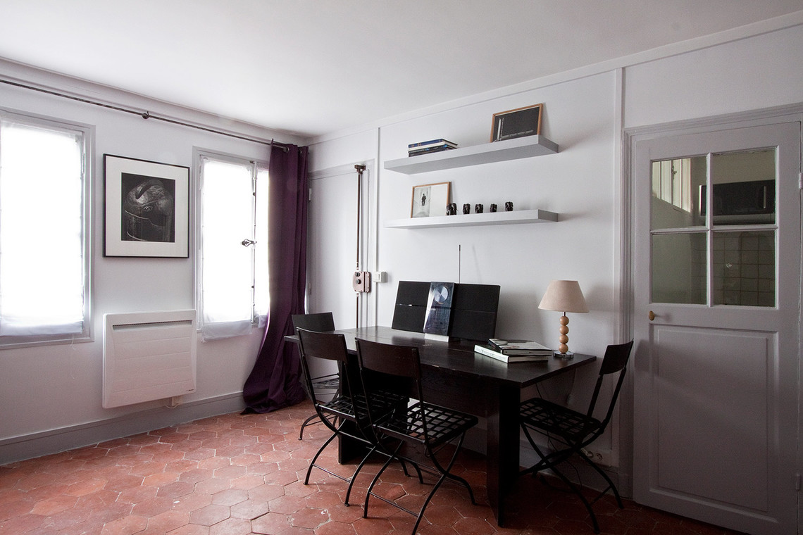 Apartment Paris Rue de Grenelle 6