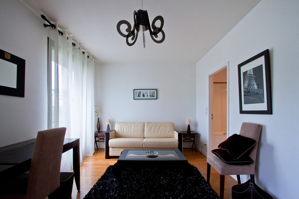 Furnished apartment for rent Paris Avenue Marcel Proust