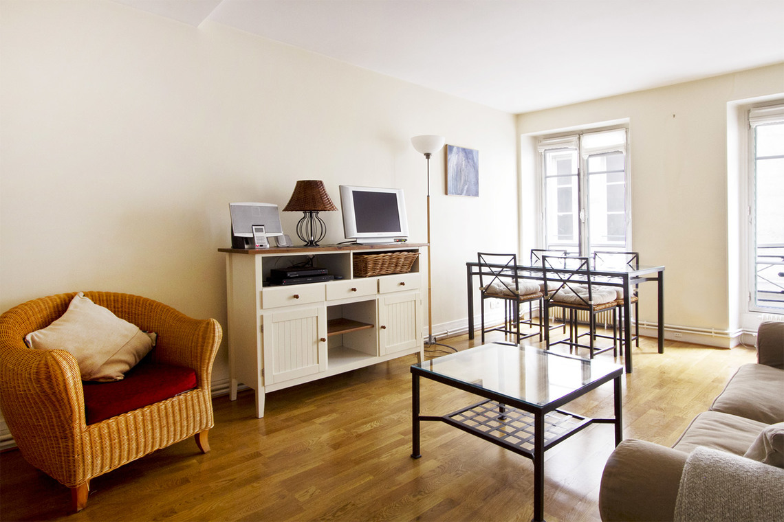 Apartment Paris Rue Chapon 4
