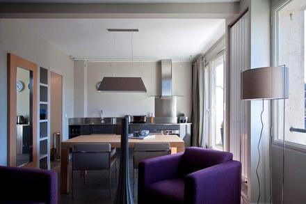 appartement meubl quartier trocad ro paris. Black Bedroom Furniture Sets. Home Design Ideas