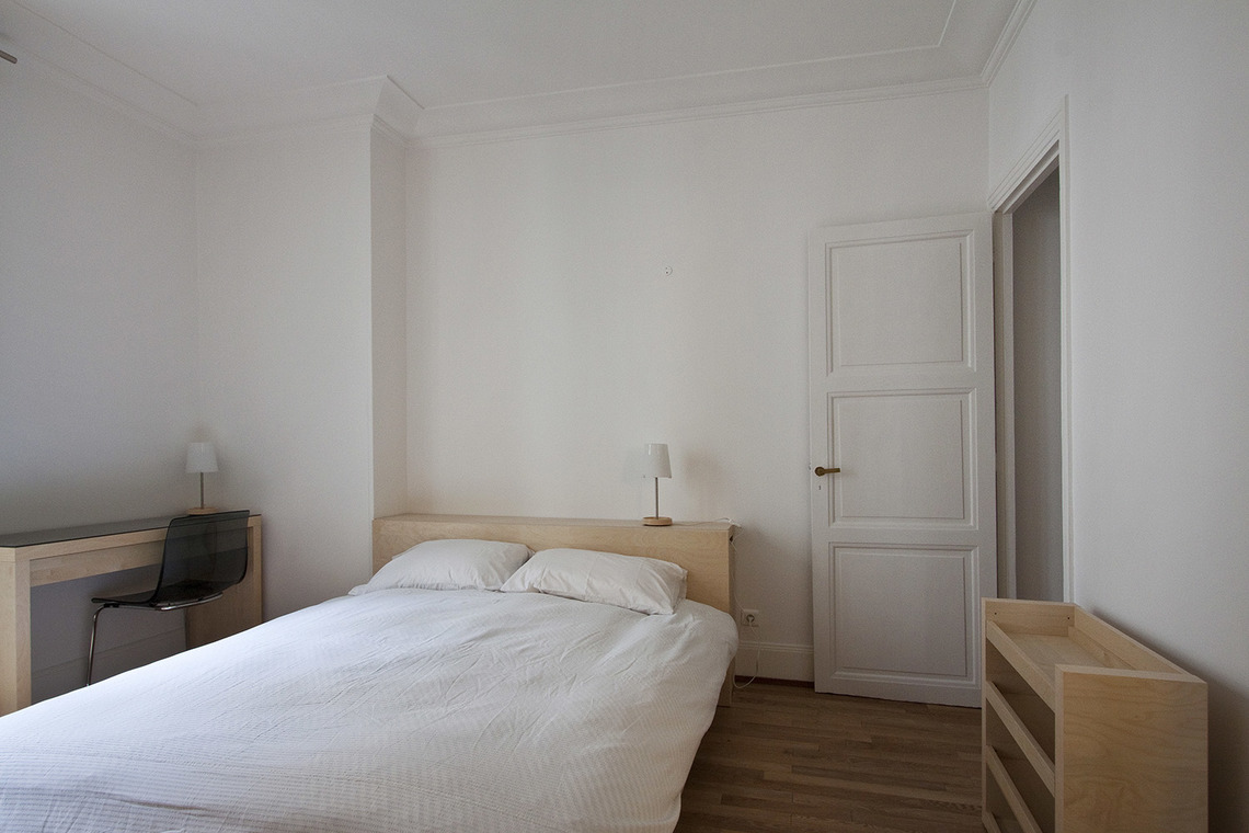 Appartement Paris Rue Barbet de Jouy 8