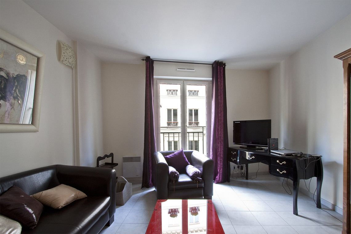 Furnished apartment for rent Paris Rue Blanche
