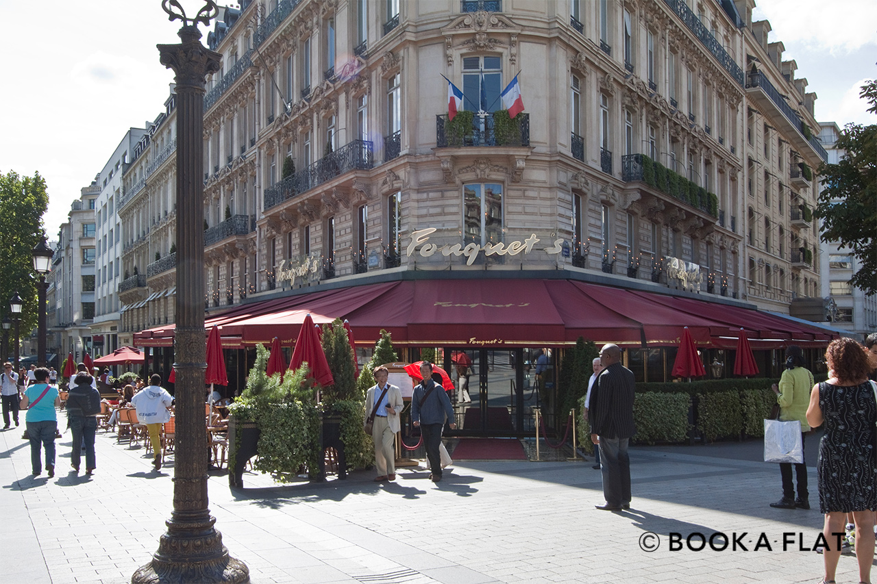 Квартира Paris Rue Léonce Reynaud 14