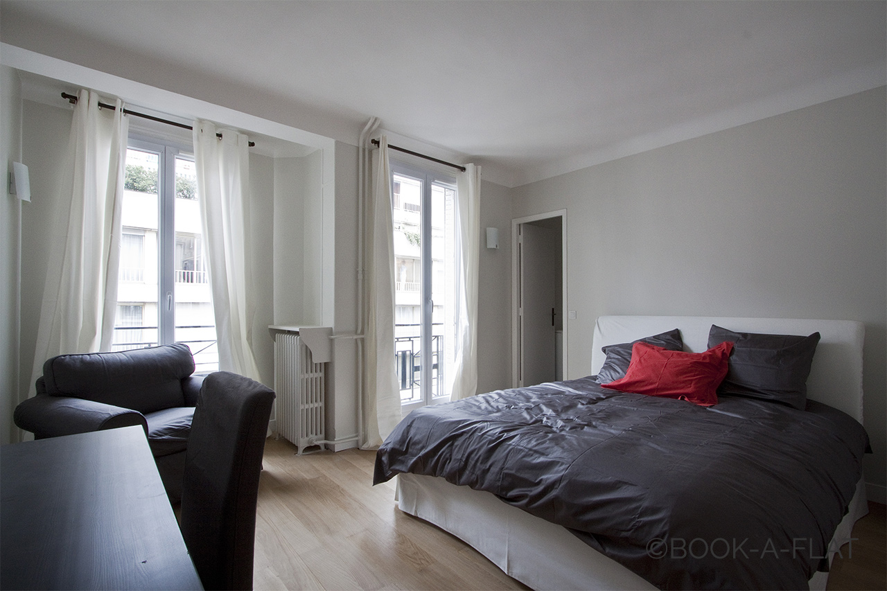 Apartment Paris Rue des Acacias 7