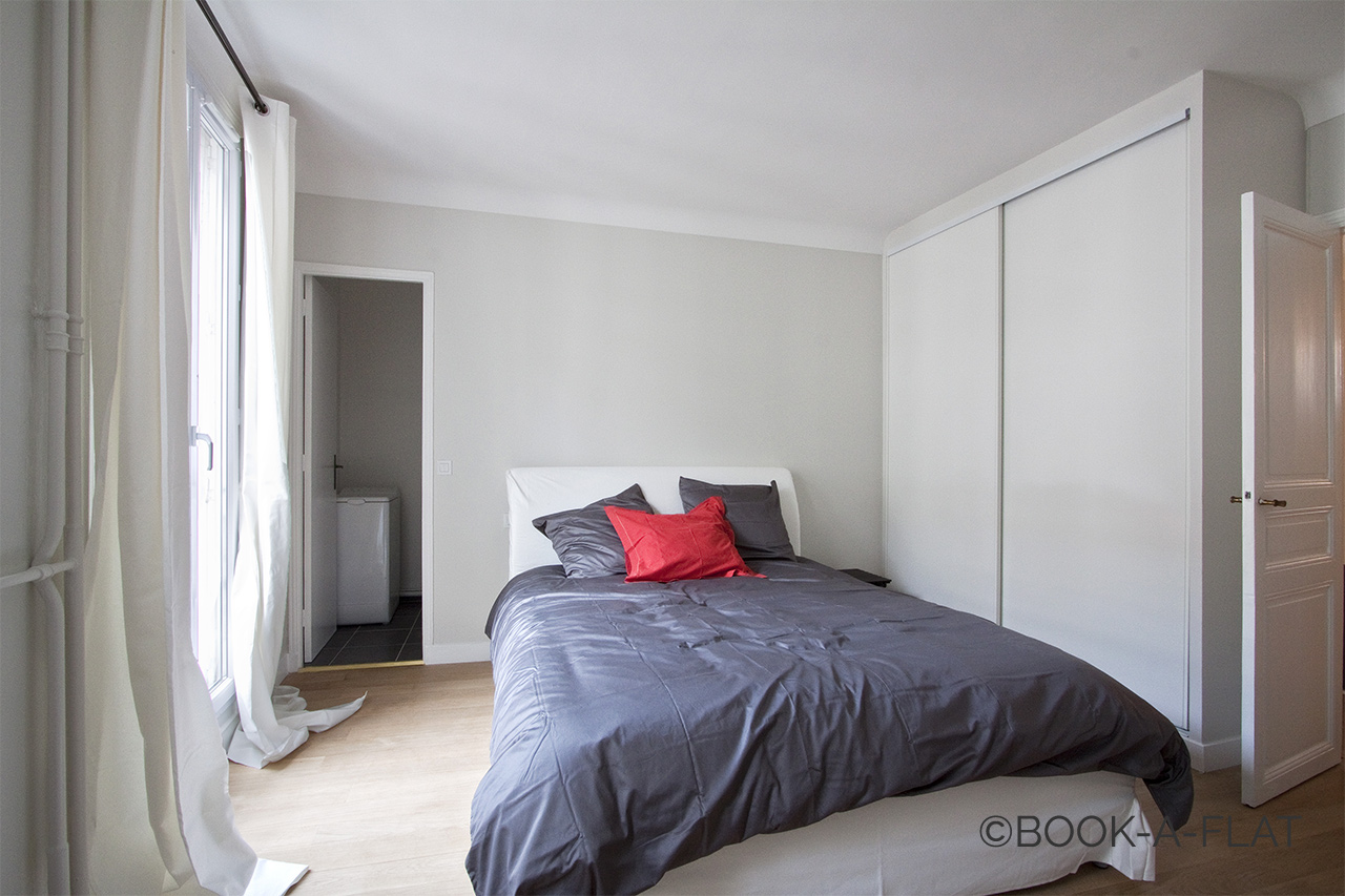Apartment Paris Rue des Acacias 8