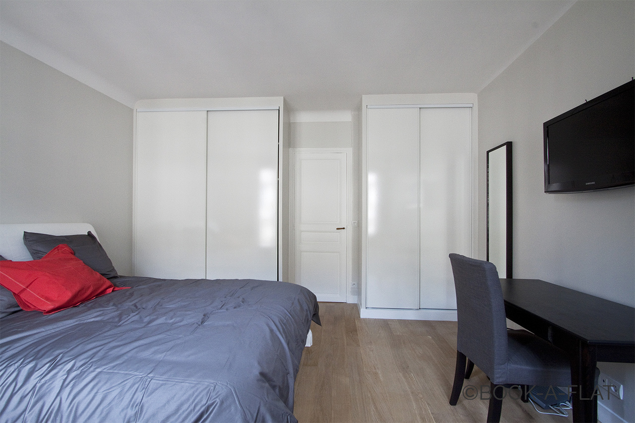 Apartment Paris Rue des Acacias 9