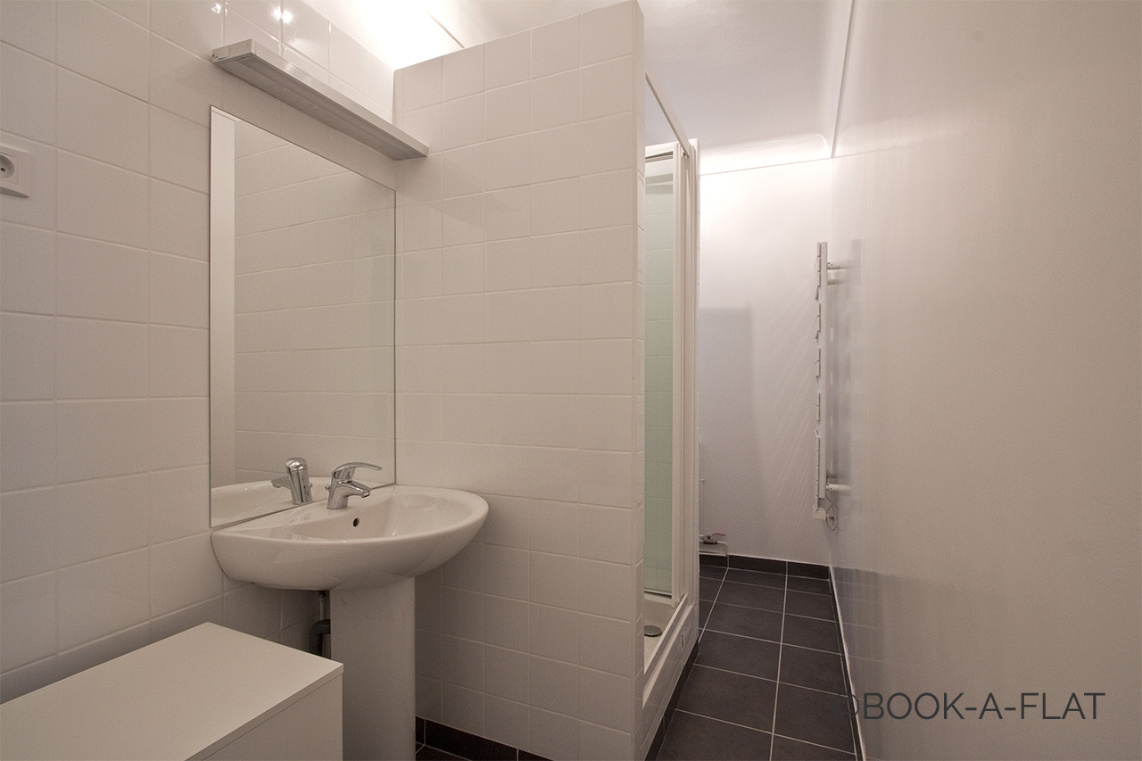 Apartment Paris Rue des Acacias 10