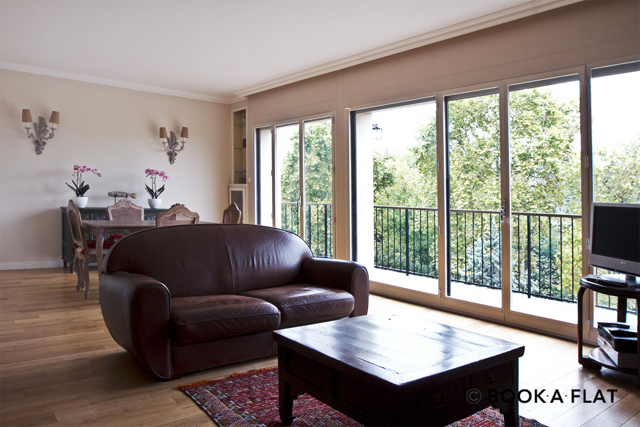 Neuilly-sur-Seine Boulevard Victor Hugo Apartment for rent