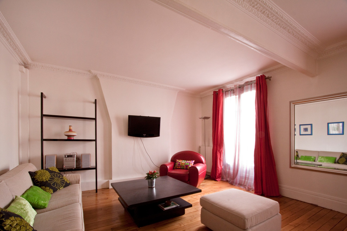 Paris Rue Gauthey Apartment for rent