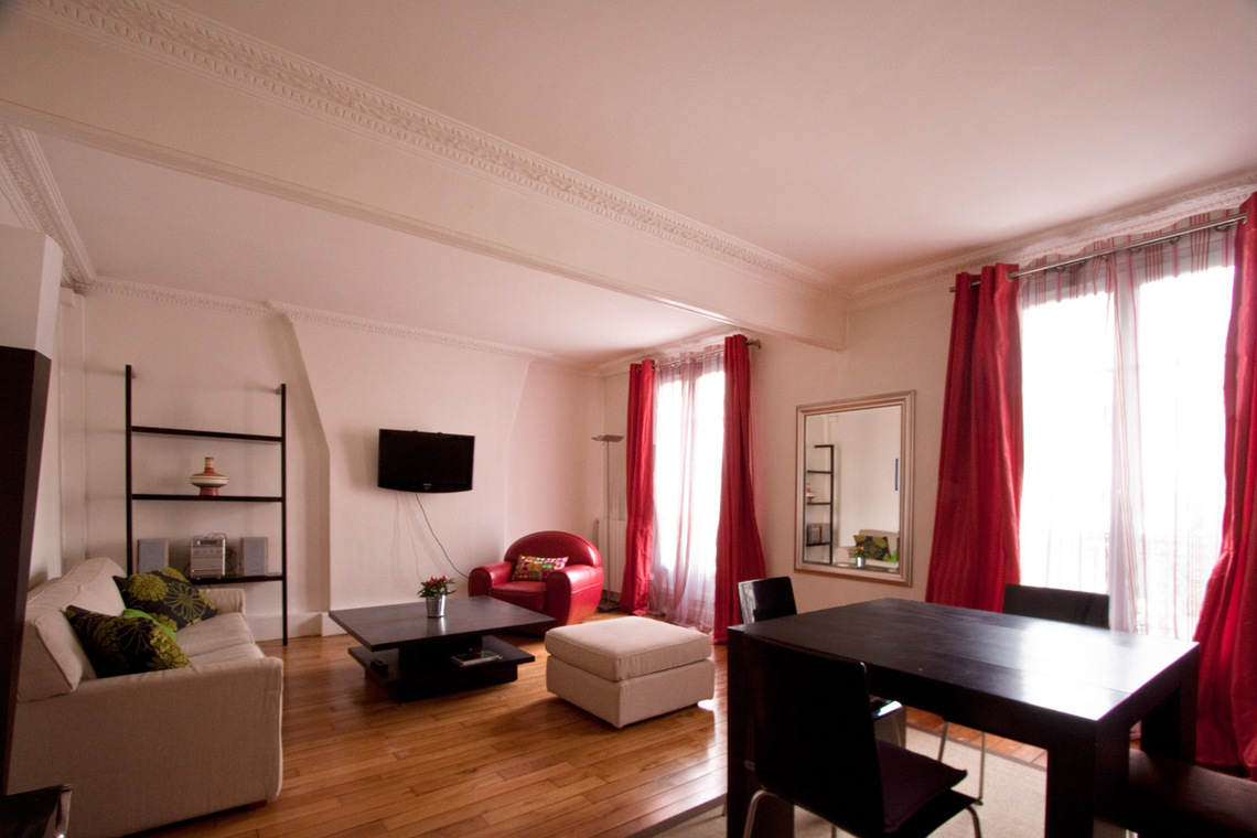 Apartment Paris Rue Gauthey 2