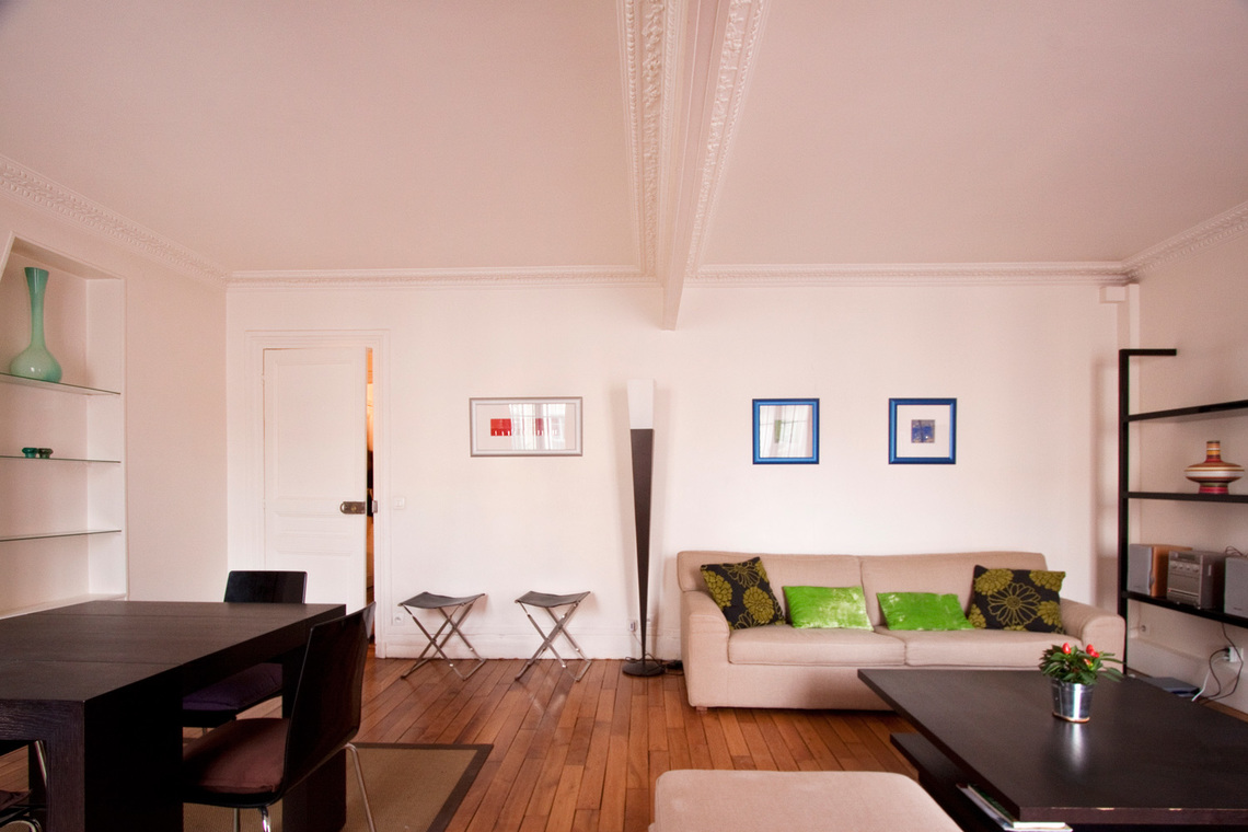 Apartment Paris Rue Gauthey 7