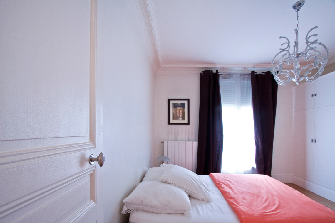 Apartment Paris Rue Gauthey 9