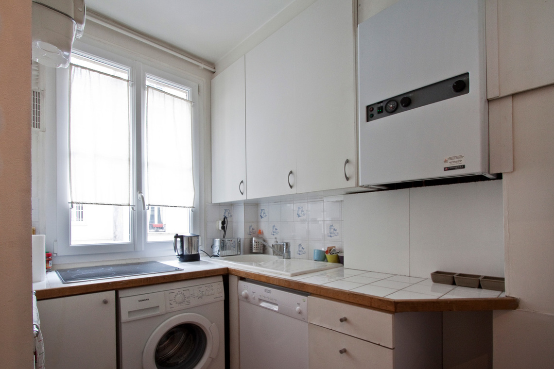 Apartment Paris Rue Gauthey 10