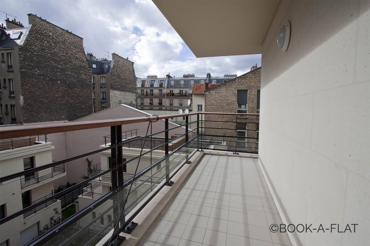 Квартира Paris Rue Pierre Demours 12