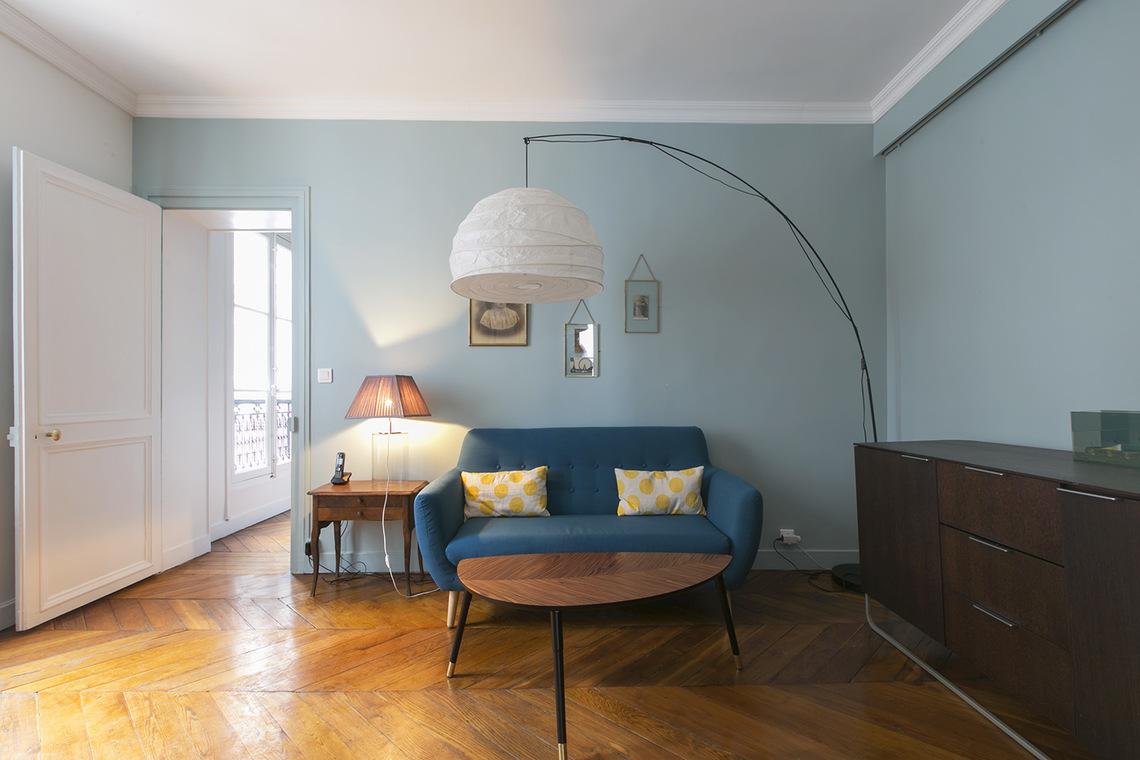 Location appartement meubl rue de li ge paris ref 3749 for Location de meuble paris