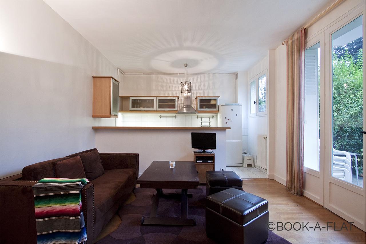 Rue Du Bois De Boulogne Neuilly Seine 92 Location Appartement Meuble A Paris Ref 12871 Book A Flat Avec Images Studio Meuble