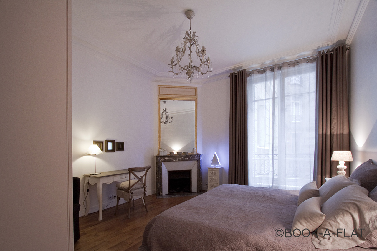 Apartment Paris Rue Pierre Demours 11