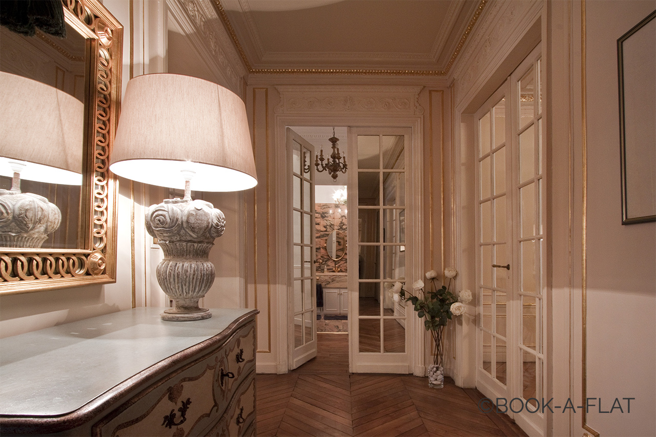 Apartment Paris Rue Pierre Demours 2