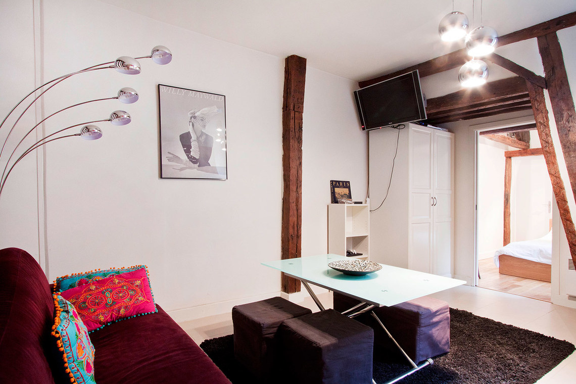 Paris Rue Saint Martin Apartment for rent