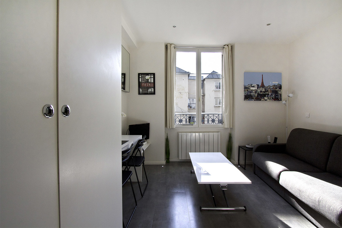 Paris Rue de Cléry Apartment for rent