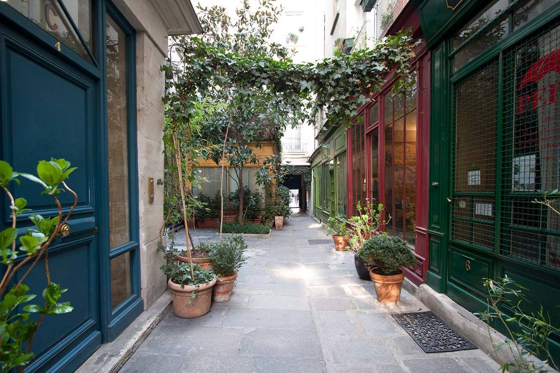Квартира Paris Rue Saint Martin 11
