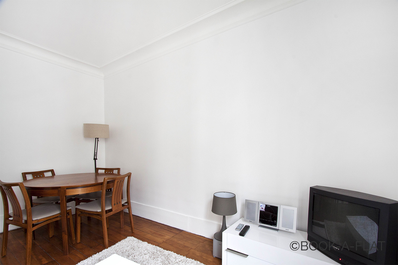 Location appartement meubl rue durantin paris ref 4551 for Location appartement non meuble paris