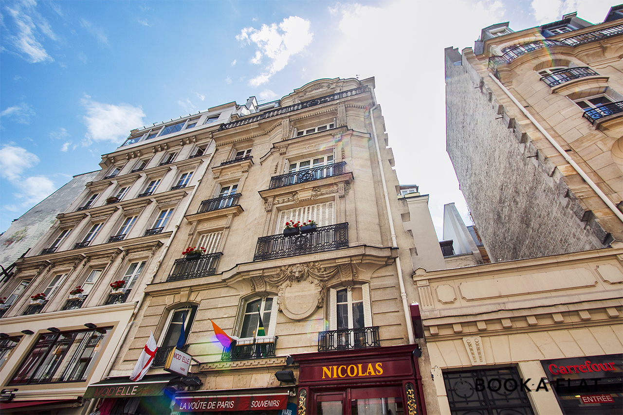 Appartement Paris Rue de Buci 11