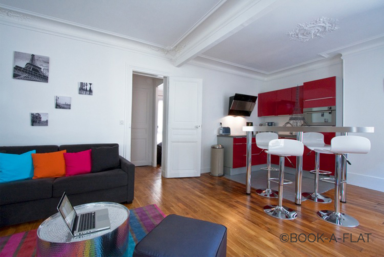 Apartment Paris Simart 1