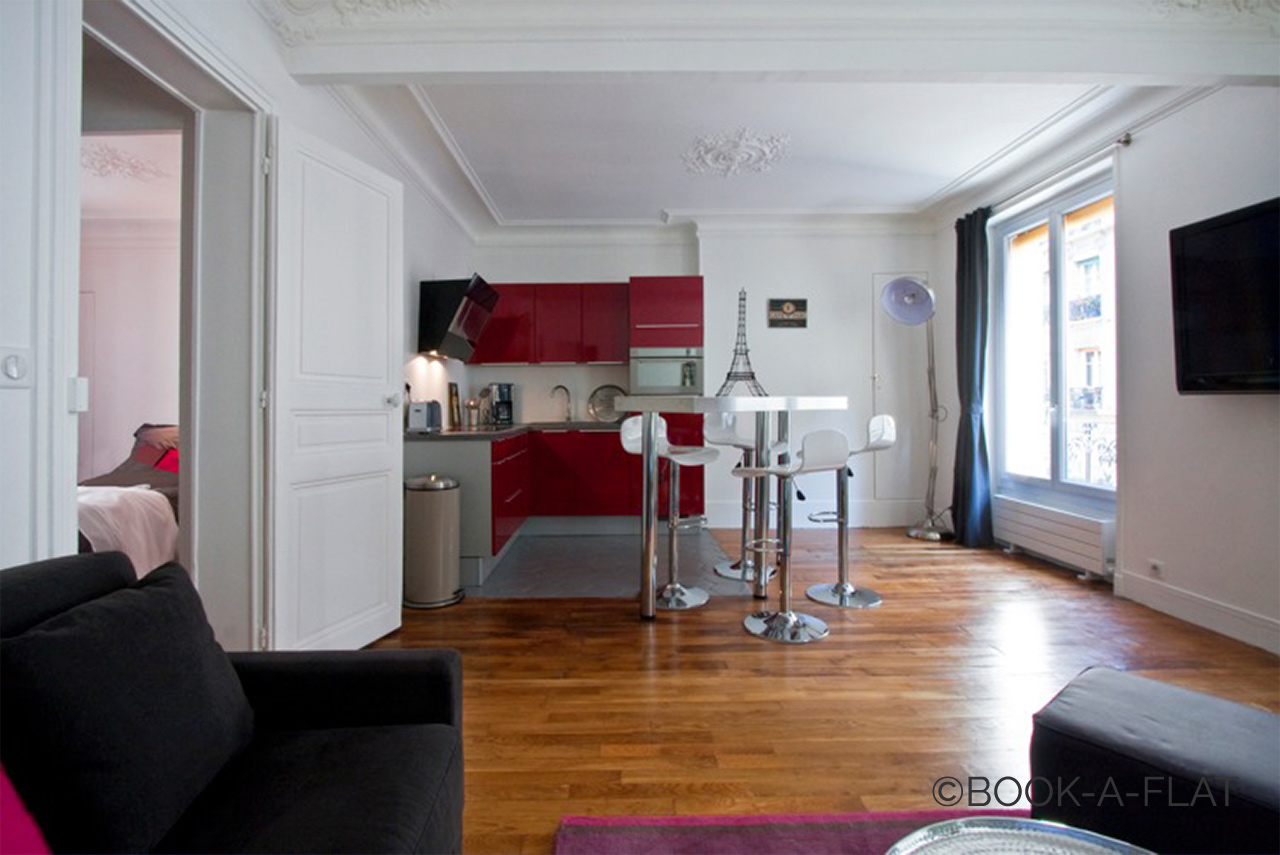 Apartment Paris Simart 3