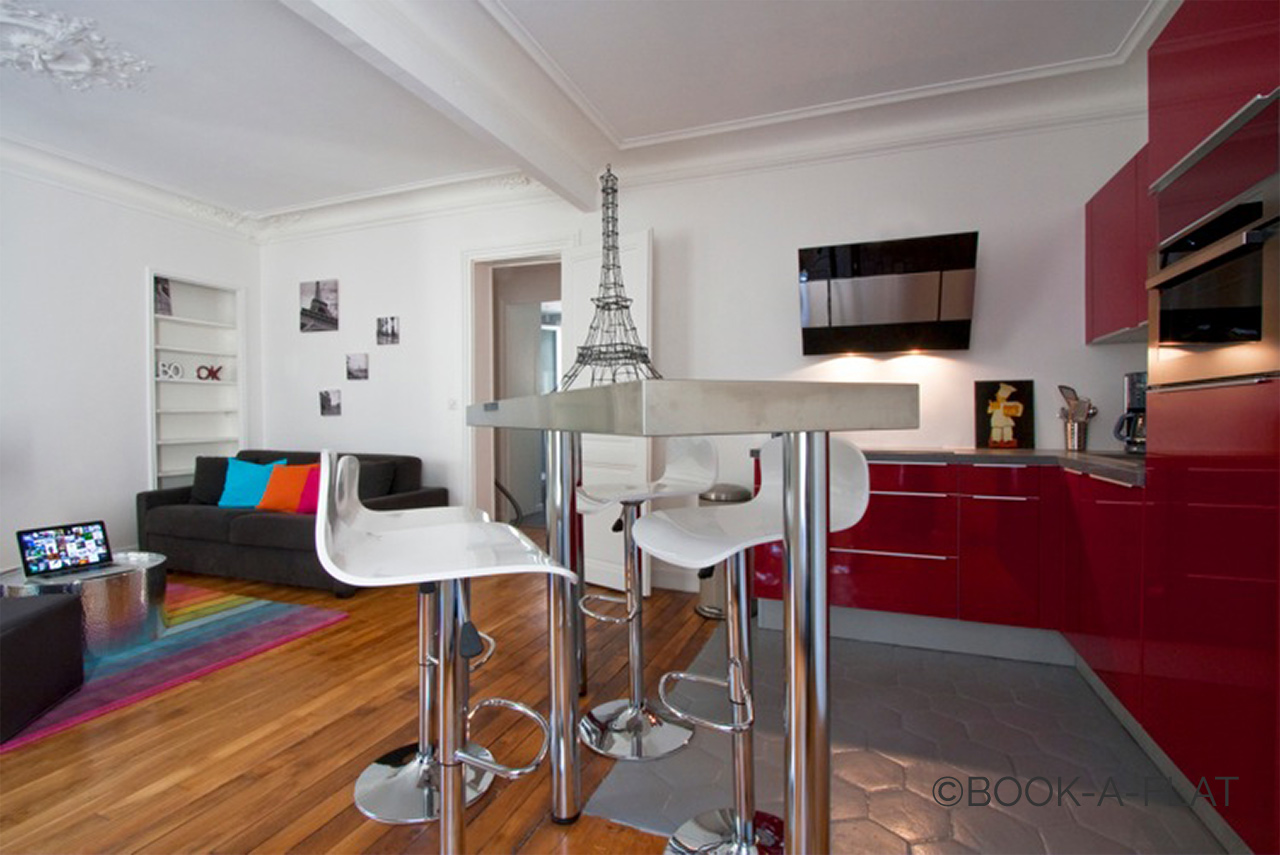 Apartment Paris Simart 5