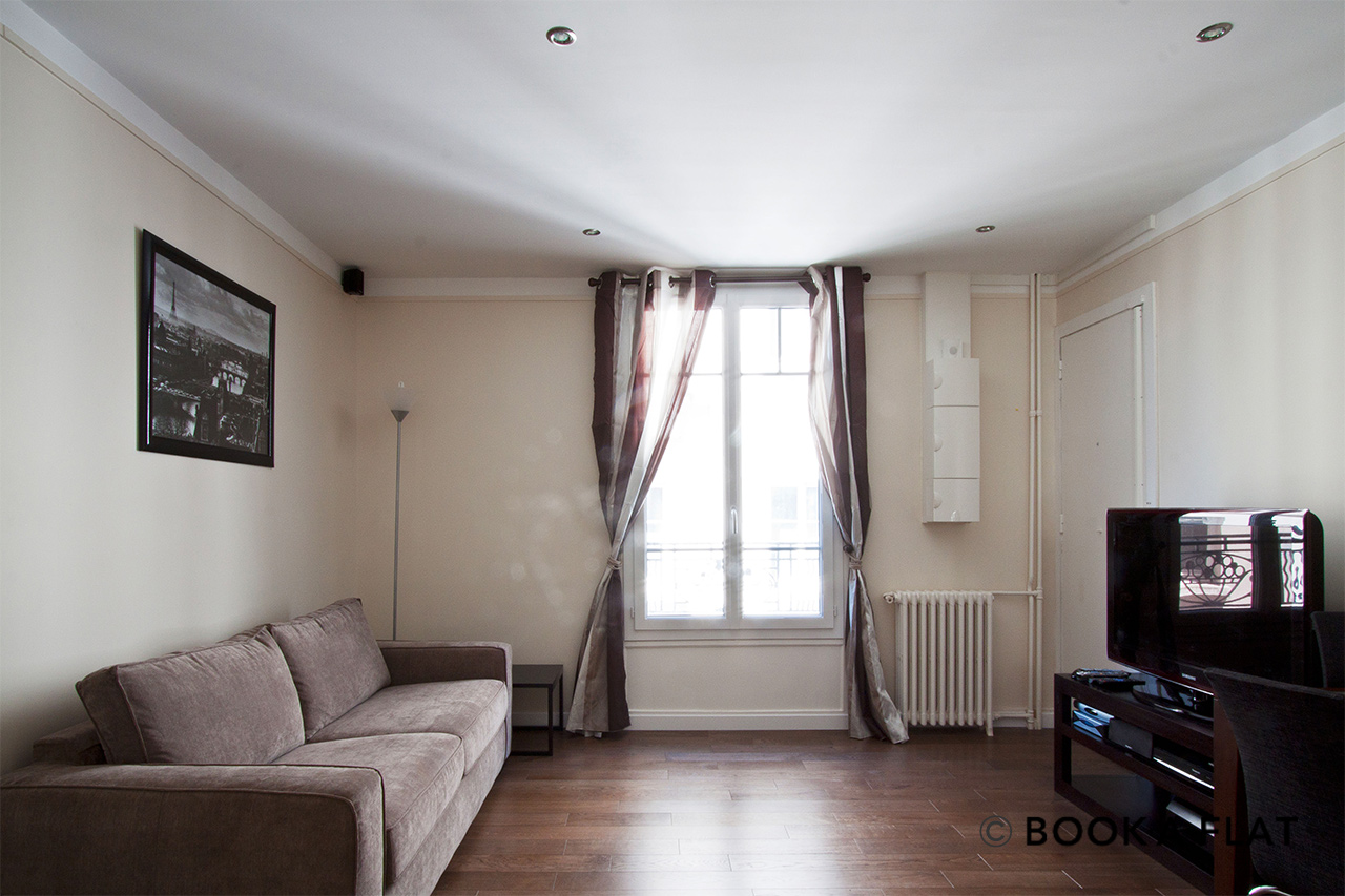 Furnished apartment for rent Paris Rue Yvart