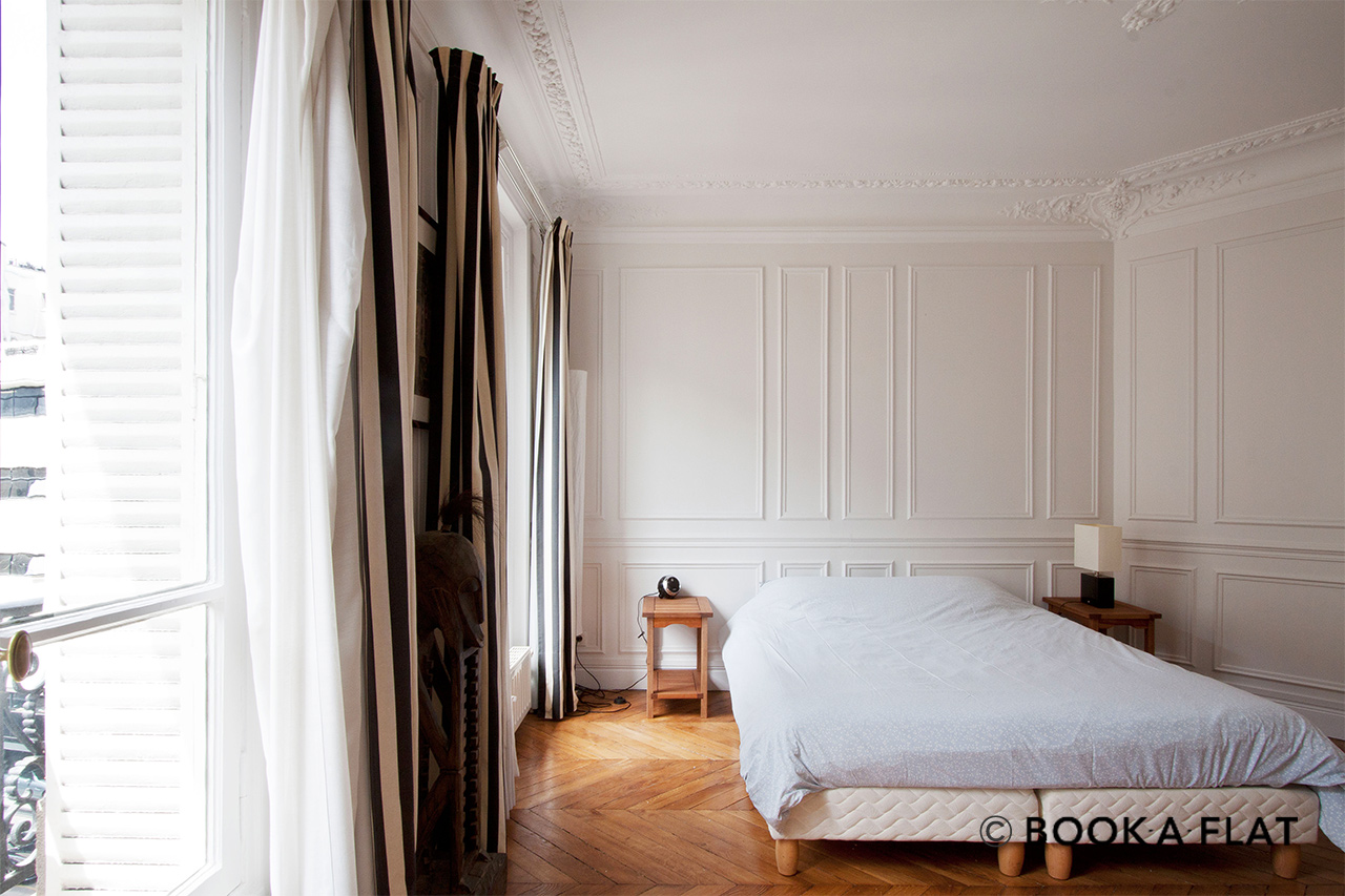Apartment Paris Rue Barye 5