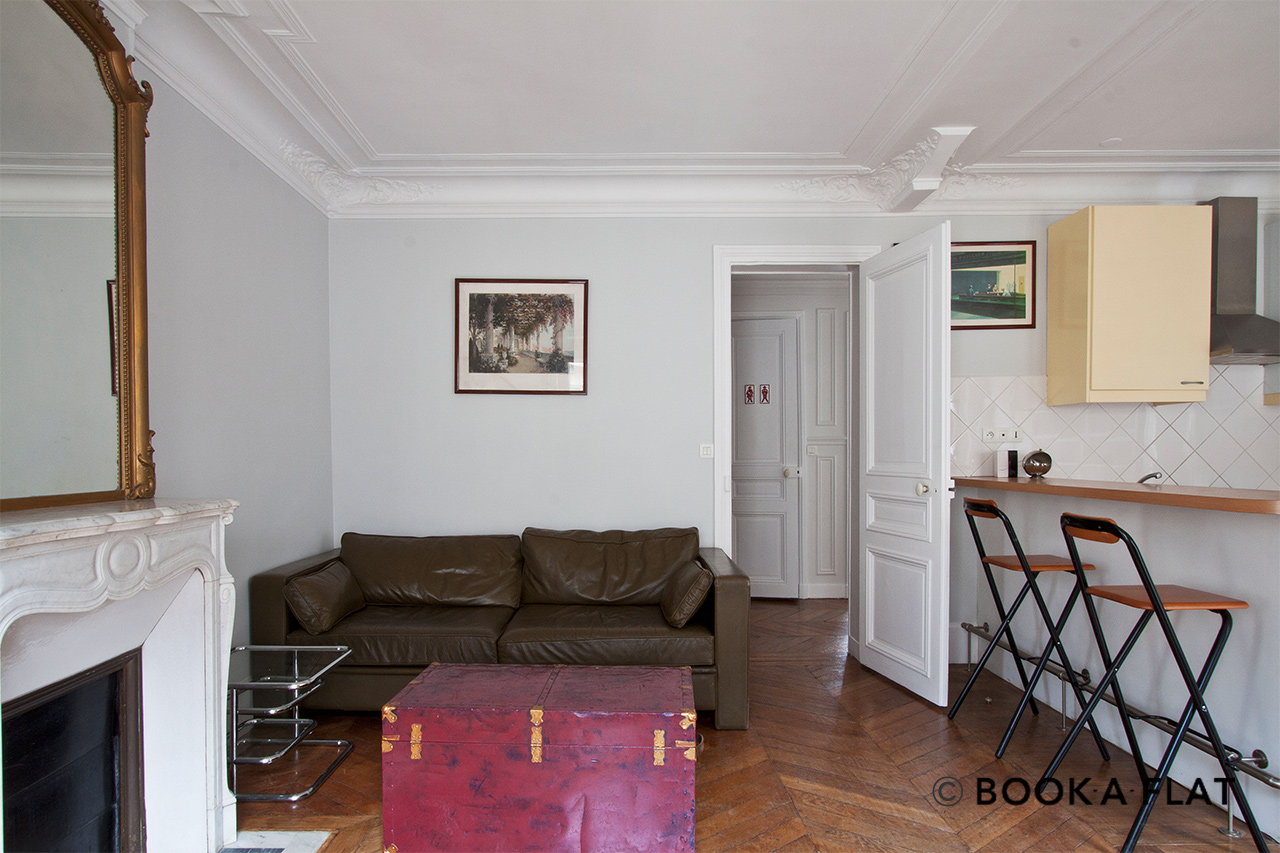 Furnished apartment for rent Paris Rue Barye