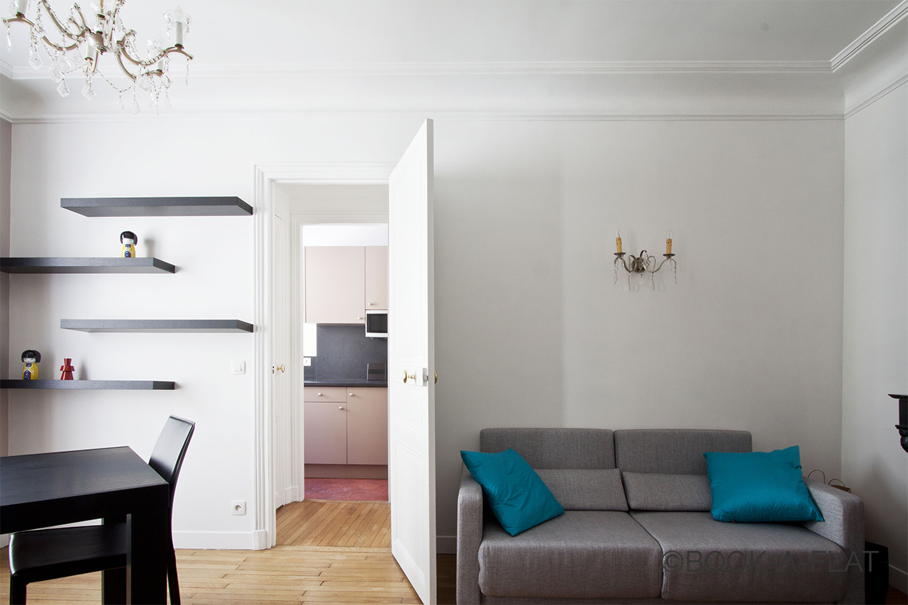 Apartment Paris Rue Daru 2