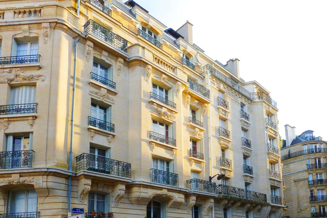 Appartement Paris Rue Oscar Roty 10
