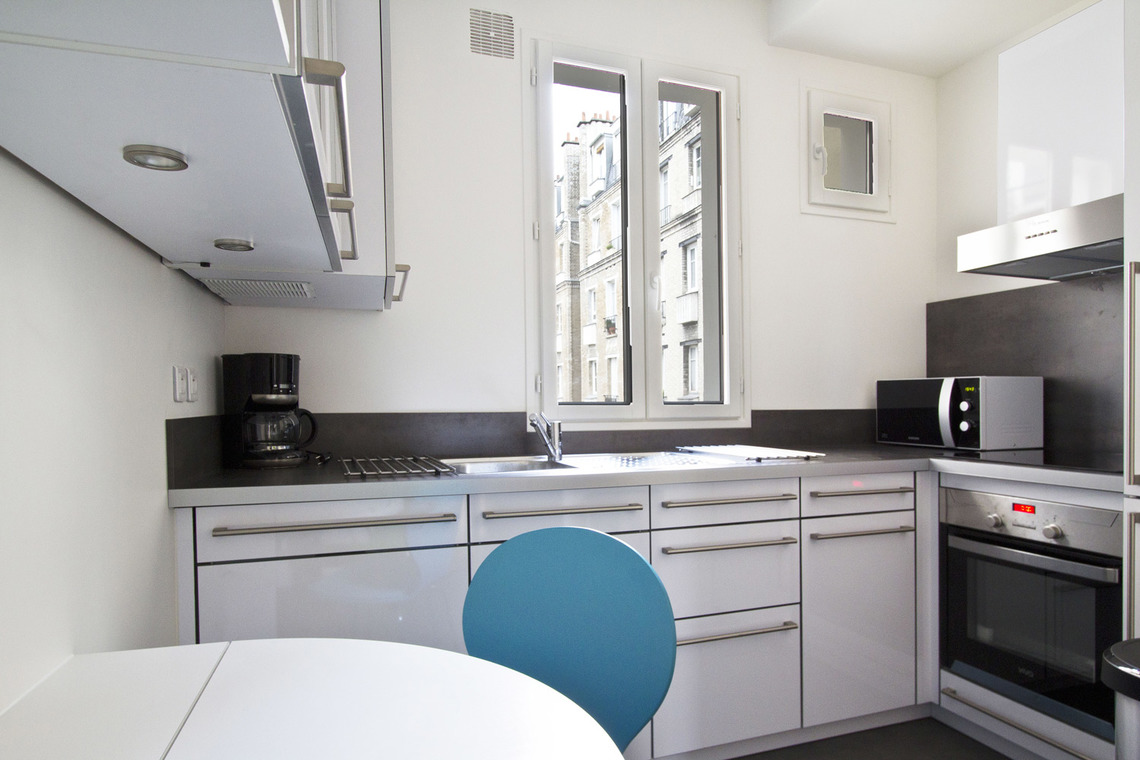 Appartement Paris Rue Oscar Roty 6