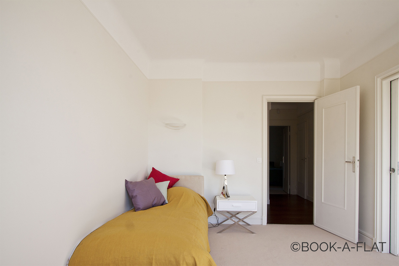 Apartment Paris Rue d'Assas 8