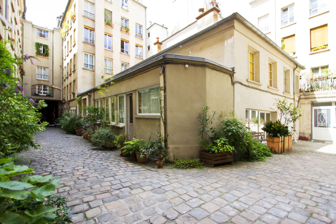 Apartment Paris Rue Greneta 8