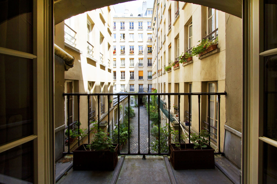 Apartment Paris Rue Greneta 5