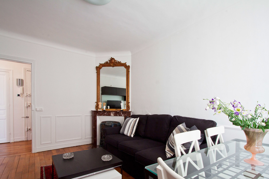 Apartment Paris Rue des Grands Champs 3