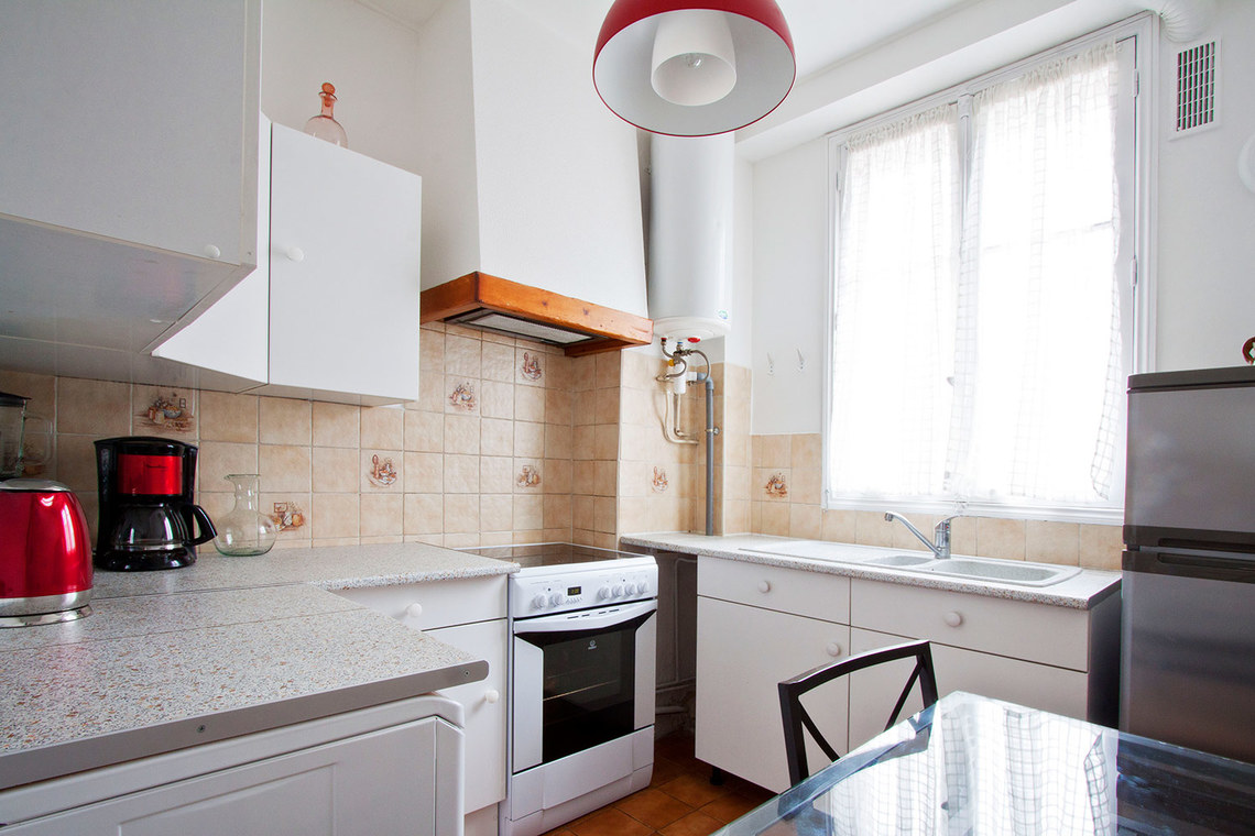 Apartment Paris Rue des Grands Champs 8