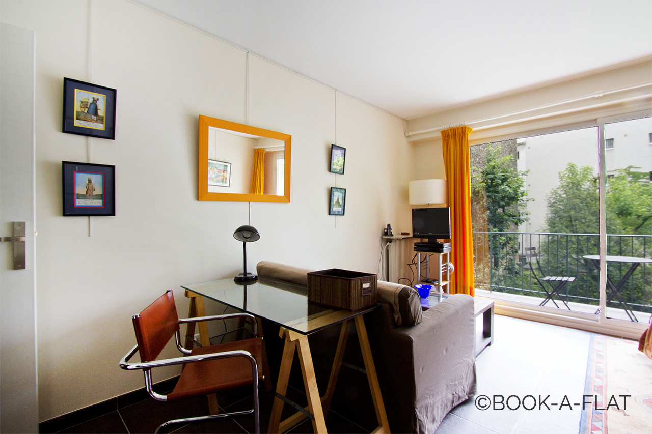 Apartment Paris Rue de Longchamp 3